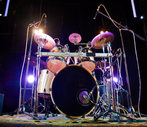Controlled Sound with Acoustic Drums In A Small Environment! Learn How!