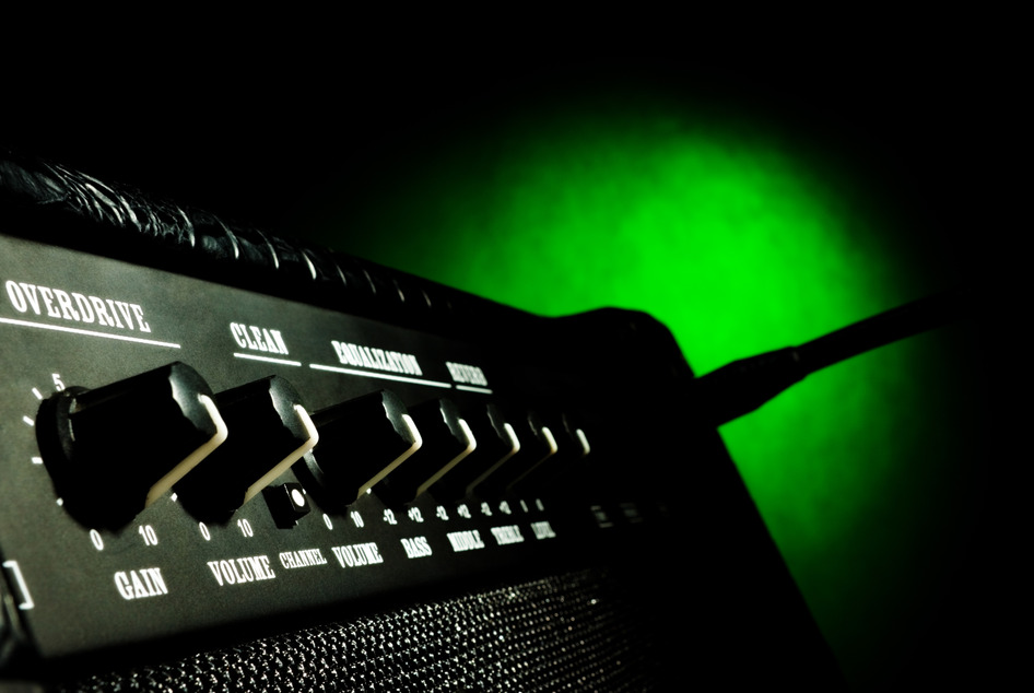 Praise Team Guitarists… Is There Too Much Digital Delay In Your Sound?