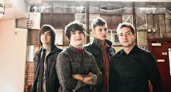 """Framing Hanley's Chris Vest Talks about the New Album """"The Sum of Who We Are""""!"""