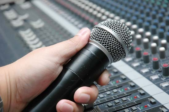 How to Record a Song & Get Heard – Part 4: Six Amazing Studio Microphones